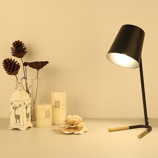 Horseshoe Table Lamp from Interior Deluxe | Modern Lighting + Decor