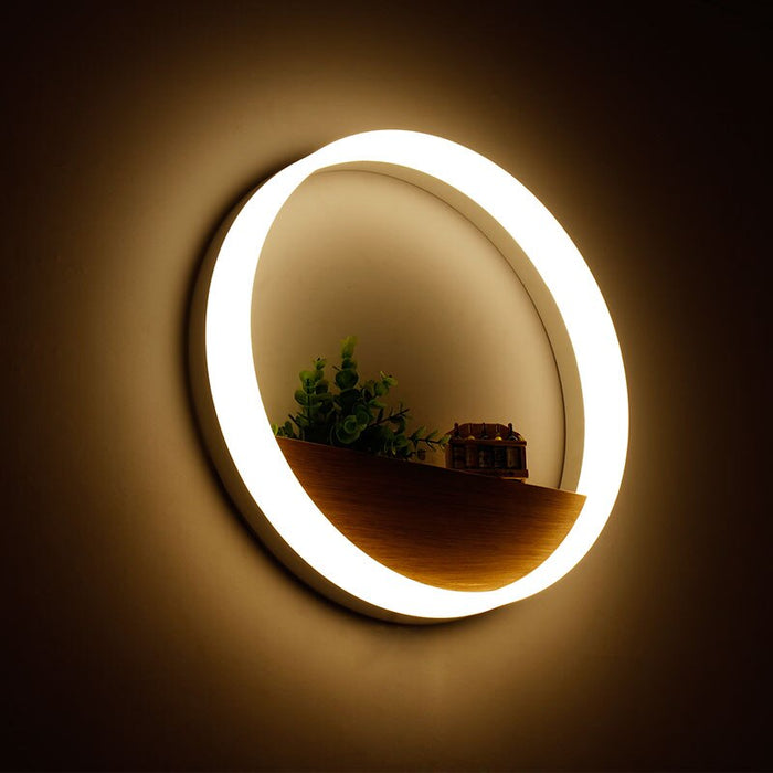 Potroni LED Wall Light