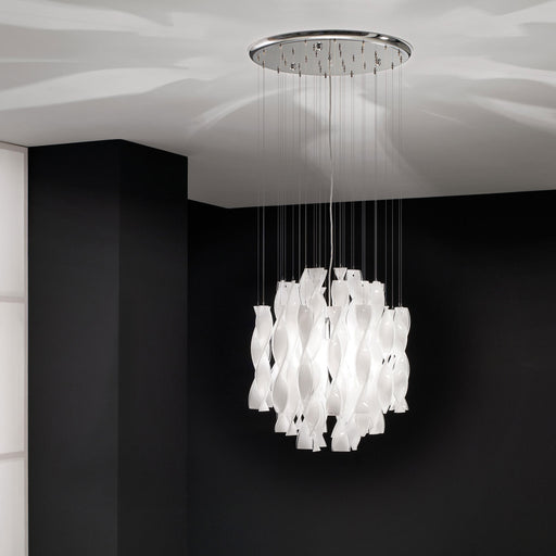 Avir 45 Chandelier from Axo | Modern Lighting + Decor