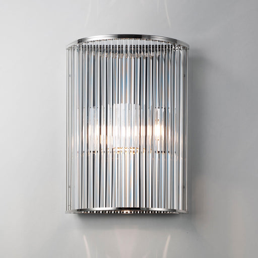 Buy online latest and high quality Stilio Uno Wall Lamp from Licht im Raum | Modern Lighting + Decor