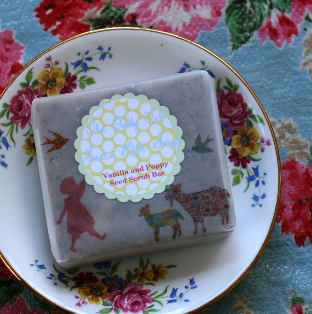 Peppermint and Vanilla goats milk poppy seed scrub bar