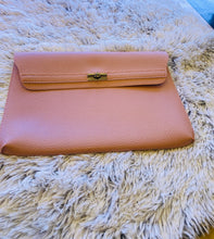 Load image into Gallery viewer, Lt. pink Envelope clutch