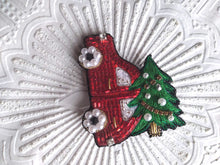 Load image into Gallery viewer, Christmas car Brooch