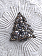 Load image into Gallery viewer, Christmas tree Brooch