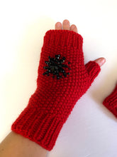 Load image into Gallery viewer, Wool mittens