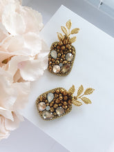 Load image into Gallery viewer, Pineapple Brooch
