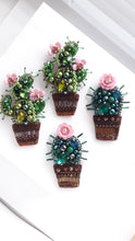Load image into Gallery viewer, Cute Cactus Brooch with Pink Flower