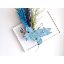 Load image into Gallery viewer, Bird Colibri Brooch in Blue with Ostrich Feathers