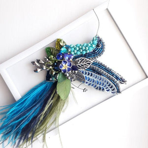 Bird Colibri Brooch in Blue with Ostrich Feathers