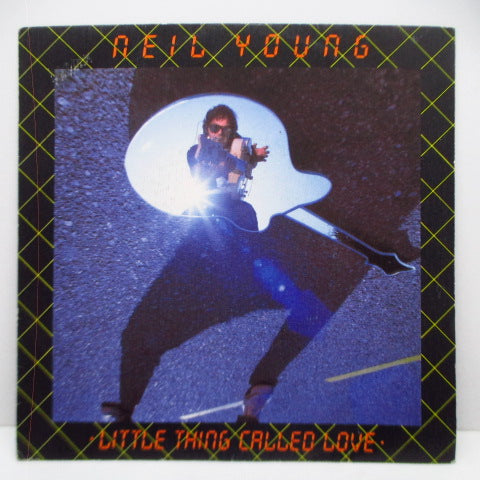 "NEIL YOUNG - Little Things Called Love (Spain Promo 7""+PS)"