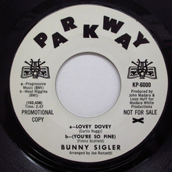 BUNNY SIGLER - Lovey Dovey-You're So Fine (Shields Logo Promo)