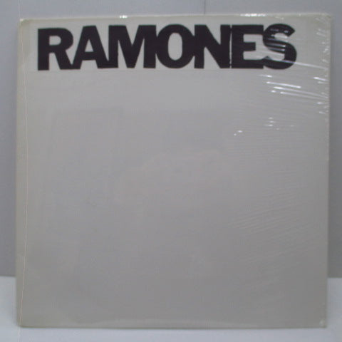 RAMONES - Live In LA, Roxy 76 Boston, The Club 5-12-76 (US Unofficial LP)
