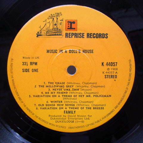 FAMILY - Music In A Doll's House (UK 70's Re No W Logo Stereo LP/CS)