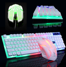 Laden Sie das Bild in den Galerie-Viewer, Rainbow Color LED Gaming Keyboard & Mouse