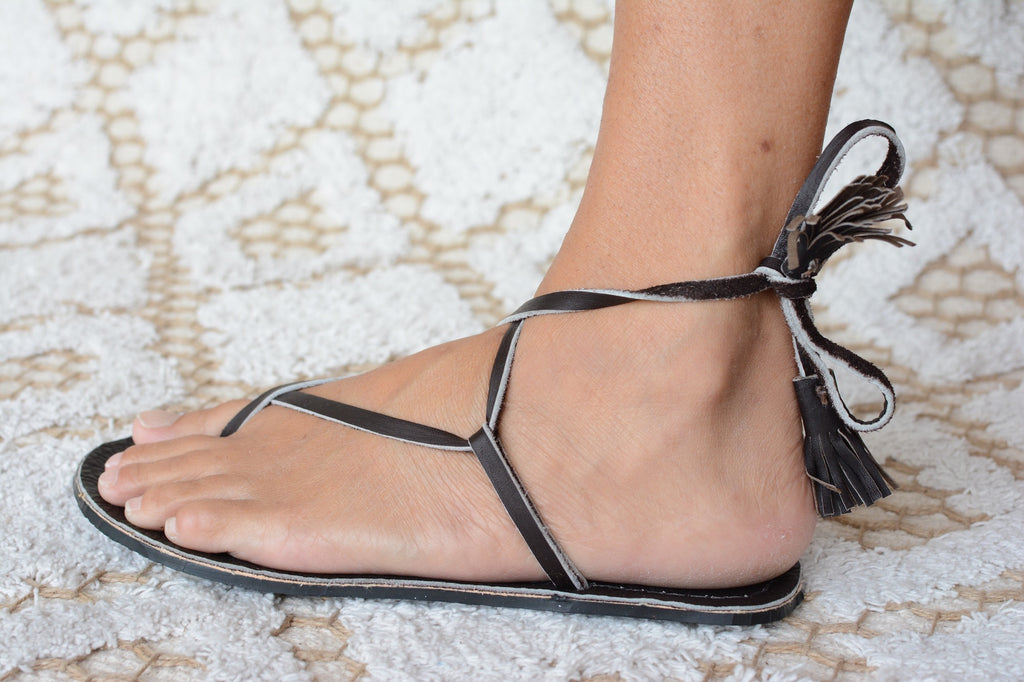 "Sandal ""Diamond Tassel"""