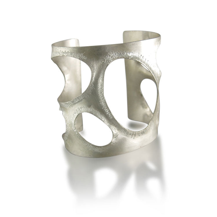 Geometric Statement Cuff