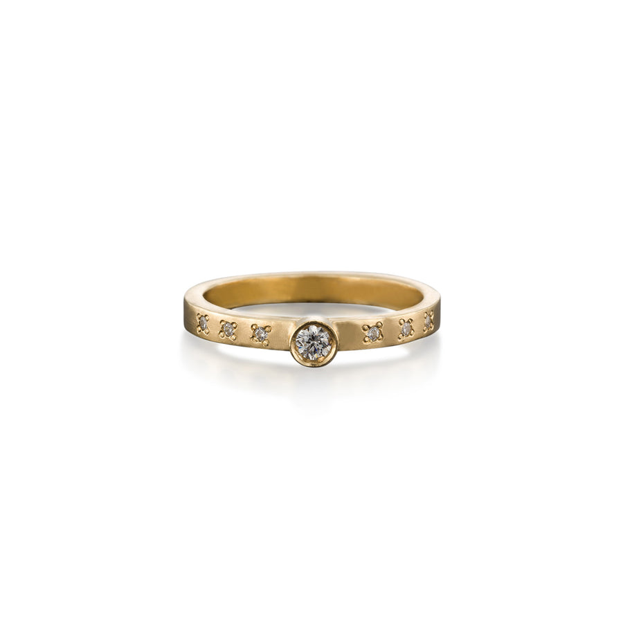 Diamond Solitaire Ring With Cluster Diamonds
