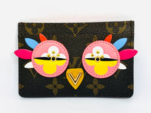 Load image into Gallery viewer, Unique Louis Vuitton Monogram Lovely Birds Owl Card Holder