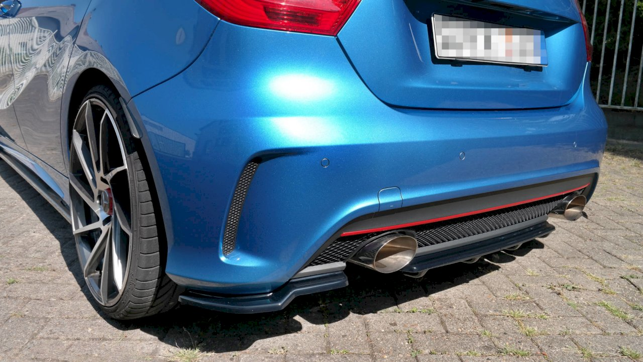 Maxton Design Central Rear Splitter (Vertical Bars) MERCEDES A-CLASS W176 AMG-LINE PRE-FACELIFT (2013-2015)