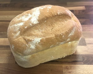 Small Unsliced White Farmhouse 400g