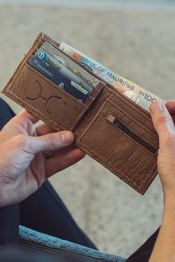 Thandana - Mens Wallet Leather