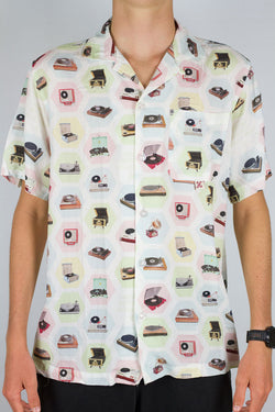 Records Button Up
