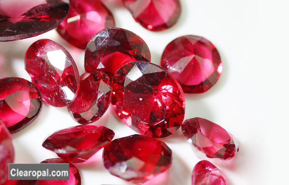 August Birthstones ! who is to wear it ?
