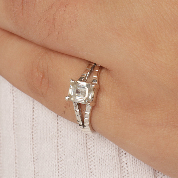 White Moissanite Dimaond Emerald Cut 0.90-2.25 TCW Solitaire Ring For Women-925 Sterling Silver Wedding Ring-Engagement Solitaire Ring