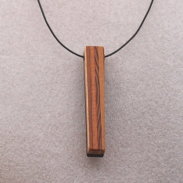 Pendant 0046 - free shipping within Canada