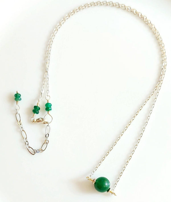 Jade solitary stone necklace