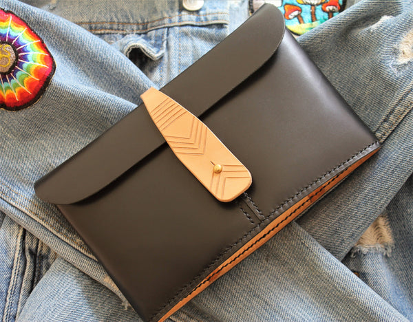 The Canoe - Unique leather clutch - premium accessories and gifts