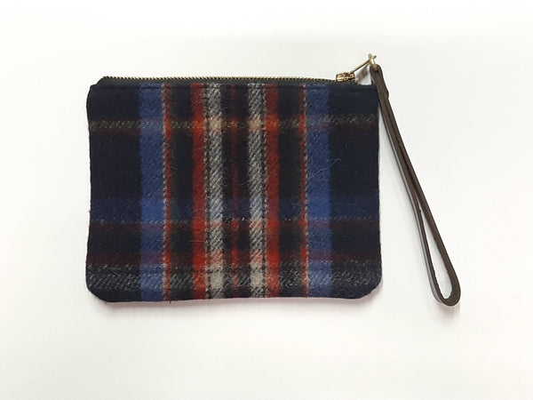 Spirit of Quebec Hannah Clutch Purse