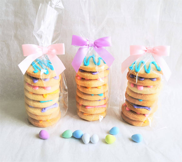 8-cookie Shortbread Stacks with seasonal colours icing drizzles
