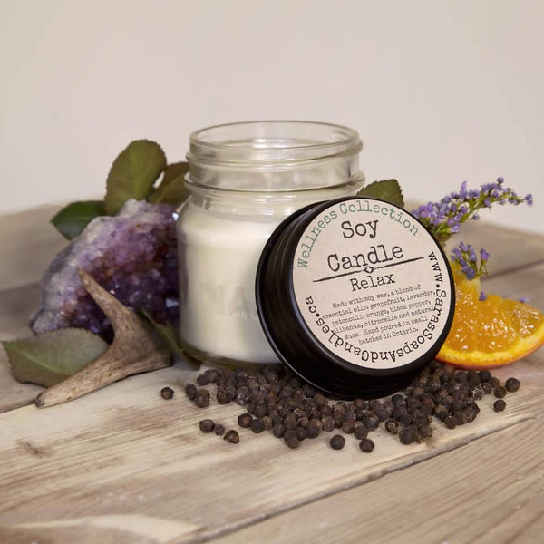 Soy candle made with essential oil blends - 7oz (6 scents to choose from!)