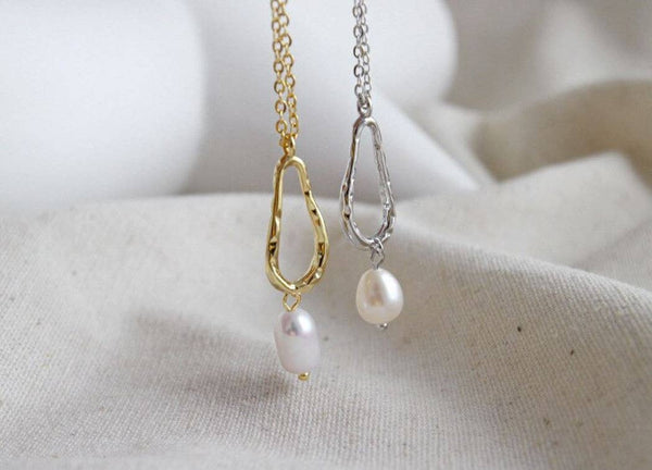 Freshwater Pearl Hollow Pendant Necklace - My Super Hot Deals
