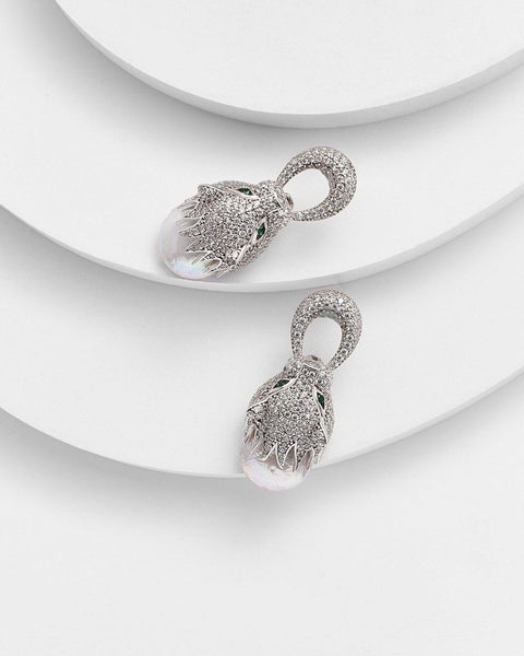 PORTIA PANTHER PEARL EARRINGS - My Super Hot Deals