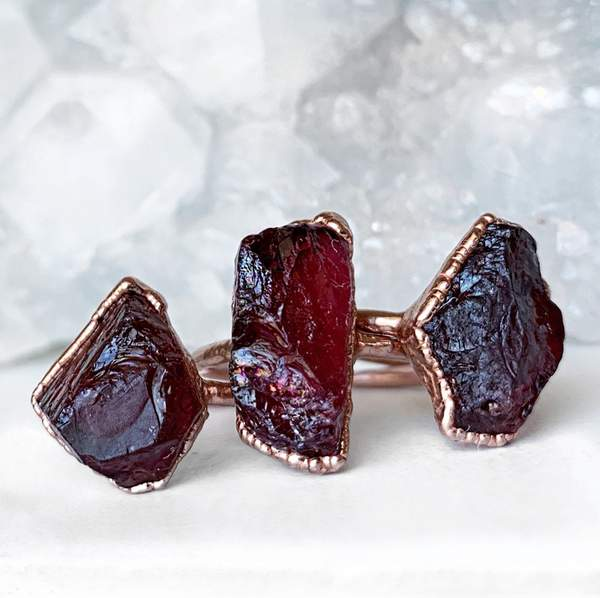 Chunky Raw Garnet Ring - My Super Hot Deals