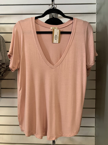 Basic Blush V Neck