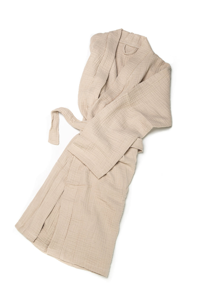double gauze sand robe with two slouchy front pockets and a front waist tie