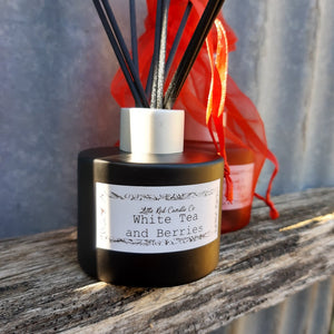 Reed Diffuser - Little Red Candle Co
