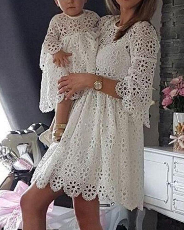 Round Neck Lace Mini Dress For Toddler Girls