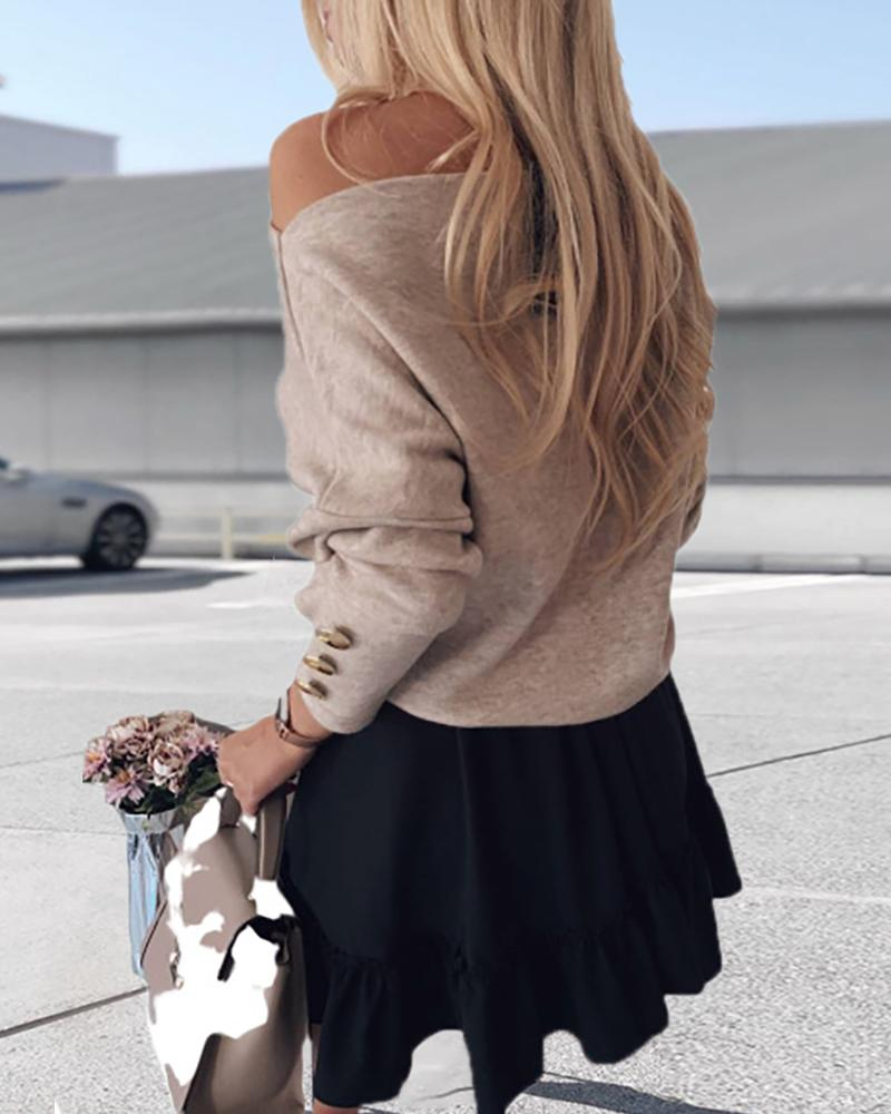 Solid Off Shoulder Buttoned Blouse