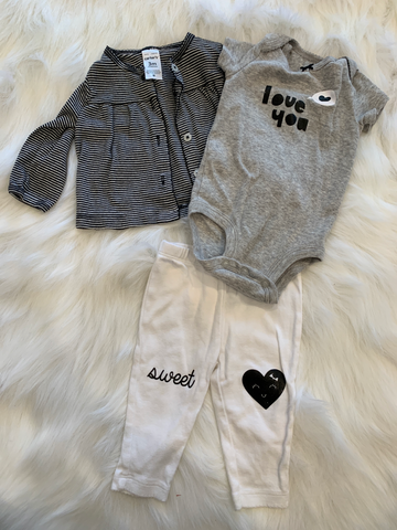 Carters Newborn 3-piece set 0-3 mo