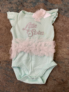 Newborn One-piece 3-6 mo