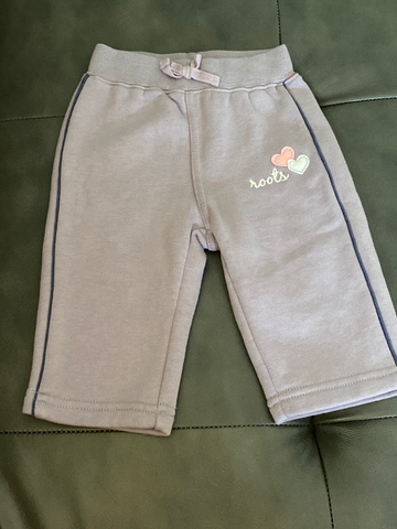Roots Newborn Bottoms 3-6 mo 0258