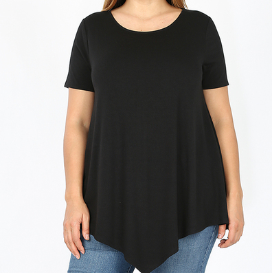 Plus Short Sleeve Boat Neck Triangle Hem Top