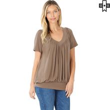 Load image into Gallery viewer, Plus V-Neck Short Sleeve Shirring Top