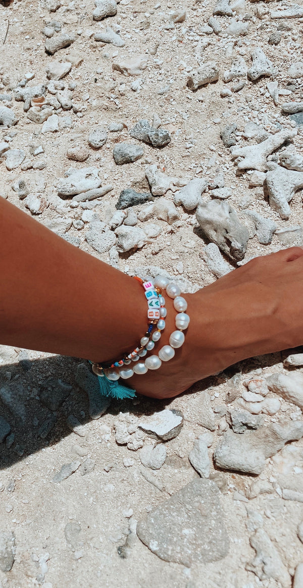 Big Pearl x Rainbow colored Anklet