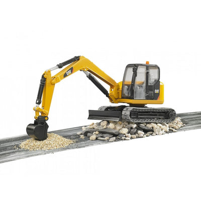 Mini excavator Caterpillar® Bruder® 02456