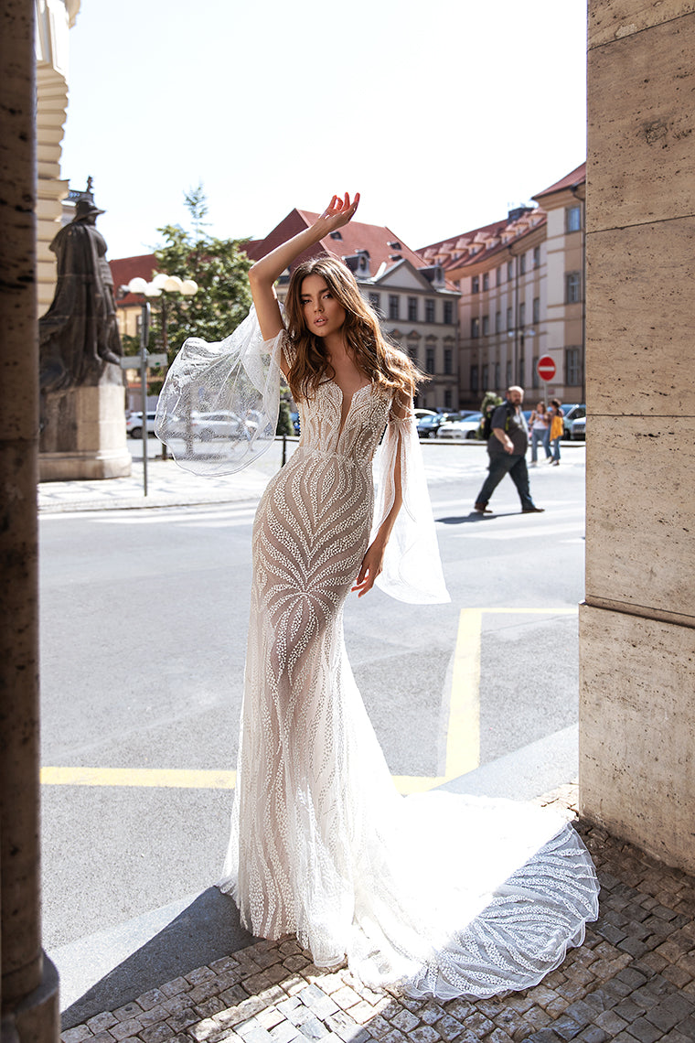 KC Bridal Couture Spring/Summer 2020 collection be inspired by all that Milan has to offer. With landscapes, strong architecture, and a city buzzing with style it's no surprise that KC bring you the best in the 2020 collection bridal couture.